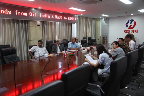 Индийские клиенты пришли к компаниям и связям
